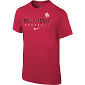 Nike Youth Oklahoma Sooners Crimson Core Facility Football Sideline T-Shirt