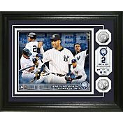 Highland Mint New York Yankees Derek Jeter Jersey Retirement Silver Coin Commemorative Photo Mint