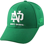 Top of the World Men's North Dakota Fighting Hawks Green Premium Collection M-Fit Hat