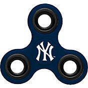 Forever Collectibles New York Yankees Three Way Diztracto Spinnerz