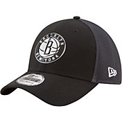 New Era Men's Brooklyn Nets On-Court 39Thirty Stretch Fit Hat