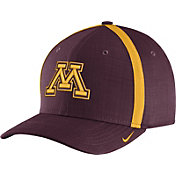 Nike Men's Minnesota Golden Gophers Maroon AeroBill Football Sideline Coaches Classic99 Hat