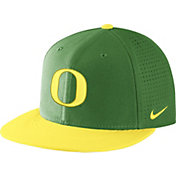 Nike Men's Oregon Ducks Apple Green/Yellow AeroBill True Performance Hat