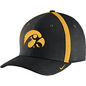 Nike Men's Iowa Hawkeyes Black AeroBill Football Sideline Coaches Classic99 Hat