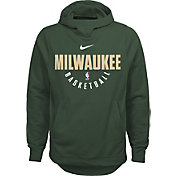 Nike Youth Milwaukee Bucks Therma-FIT Green Practice Performance Hoodie